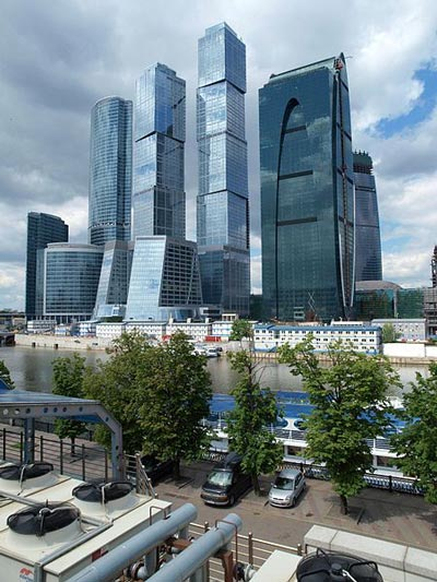 450px-Moscow,_City_May_2010_03